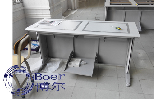 翻转学生电脑桌、广州博奥、重庆学生电脑桌