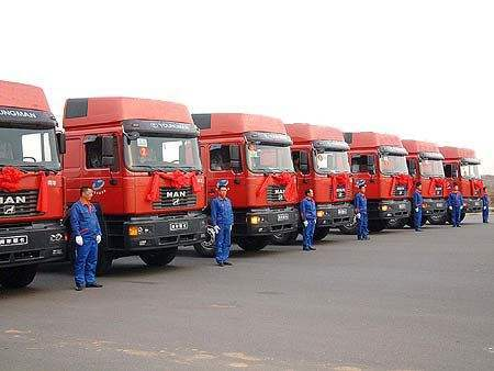 天津港周边300公里集装箱运输拖车 天津港集装箱运输天津港车队