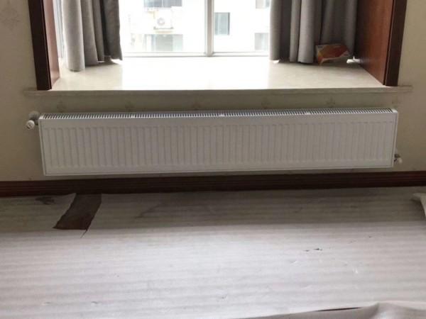 无锡太湖国际明装暖气片安装效果图
