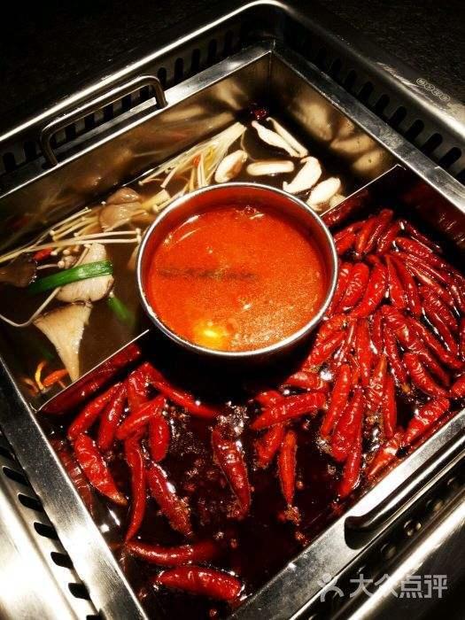 紅旗街道中國十佳毛肚火鍋貴嗎?