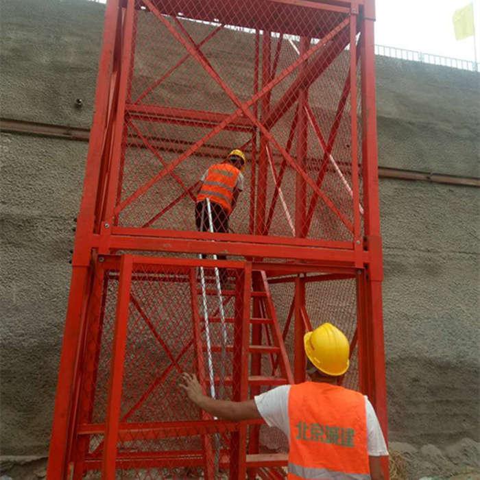 鹰潭市安全爬梯,通达桥梁安全爬梯梯笼,香蕉式安全爬梯