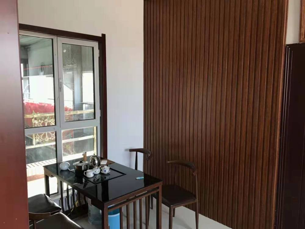 阳台生态木吊顶效果图、临沂鸿源装饰建材(在线咨询)、延庆县生态木