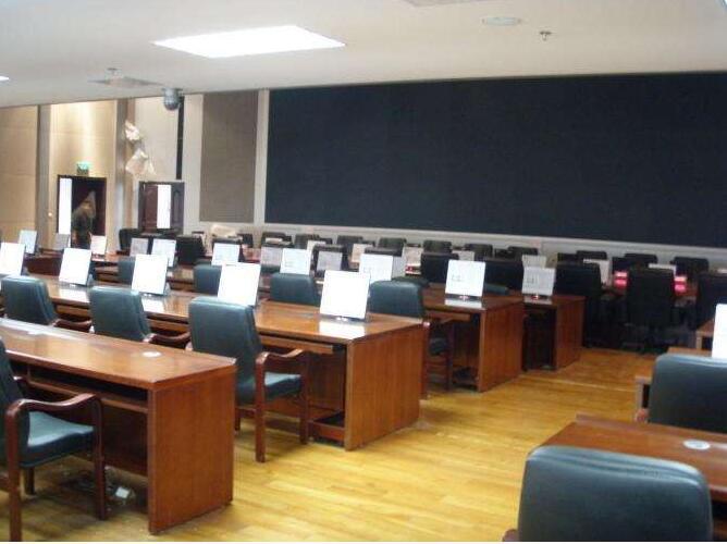 触摸屏电脑桌批发、丽江市触摸屏电脑桌、博奥11年老牌