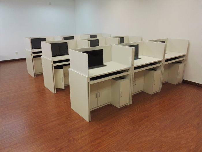 考试用屏风桌、兰州市考试用屏风桌、广州博奥