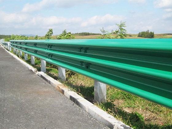河南高速鄉村公路省道防撞護欄批發安裝廠家叫法施工方案怎么算價參數識別