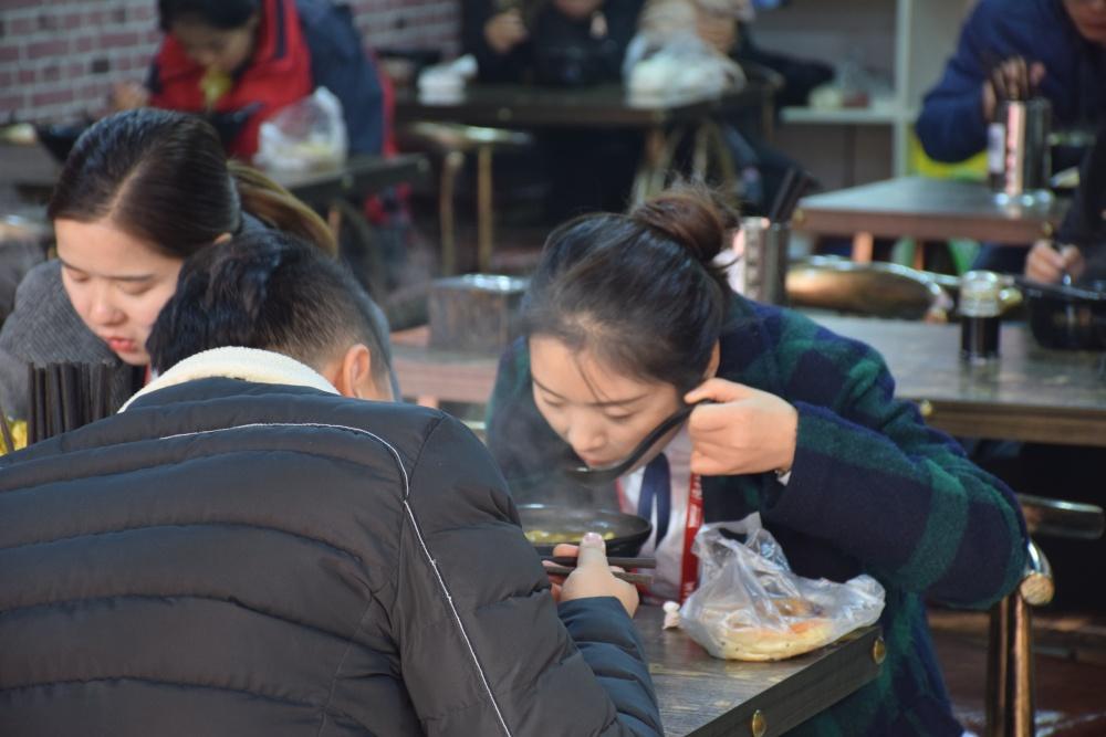 信阳市程至良、程至良小吃总店在哪儿、程至良米线(优质商家)
