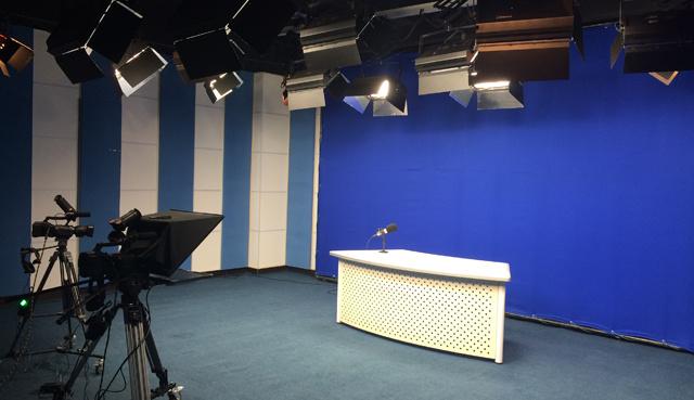 虚拟抠像系统多功能演播室虚实结合演播室搭建万影通杨静