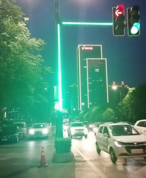 鑫光道 LED 条形灯杆信号灯 智能红绿灯 会发光的灯条