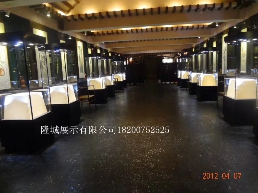 深圳博物馆展柜定制 深圳博物馆展柜生产厂家