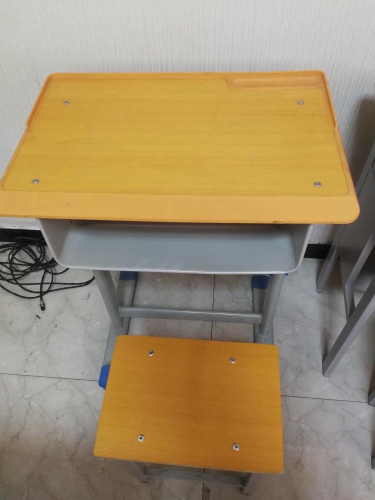 国学课桌椅尺寸、珠海市课桌椅、课桌椅