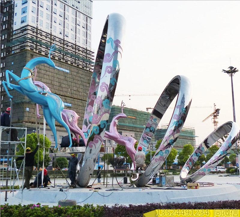 浙江城?#26032;?#36339;跃圆圈雕塑 中央标志性不锈钢艺术