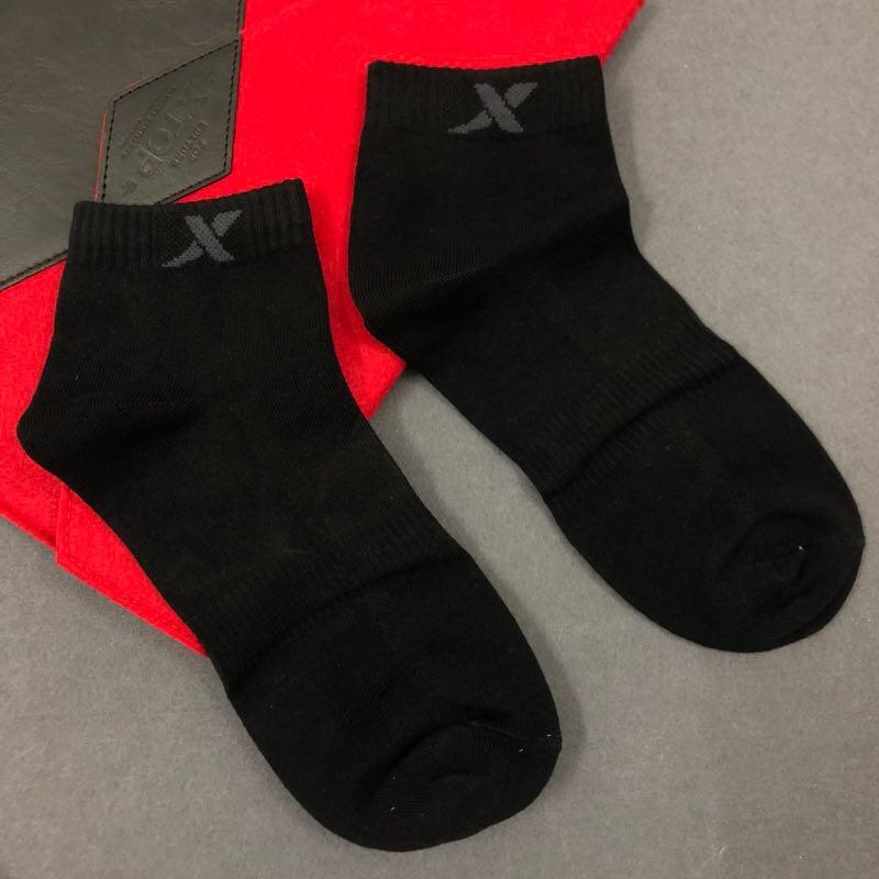 四季热卖特步纯棉男袜子品牌服饰尾货批发