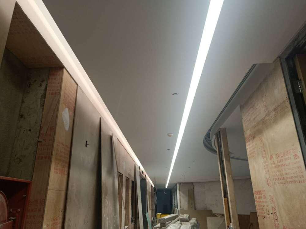 深圳装饰公司承包吊顶隔墙造型等专业团队施工