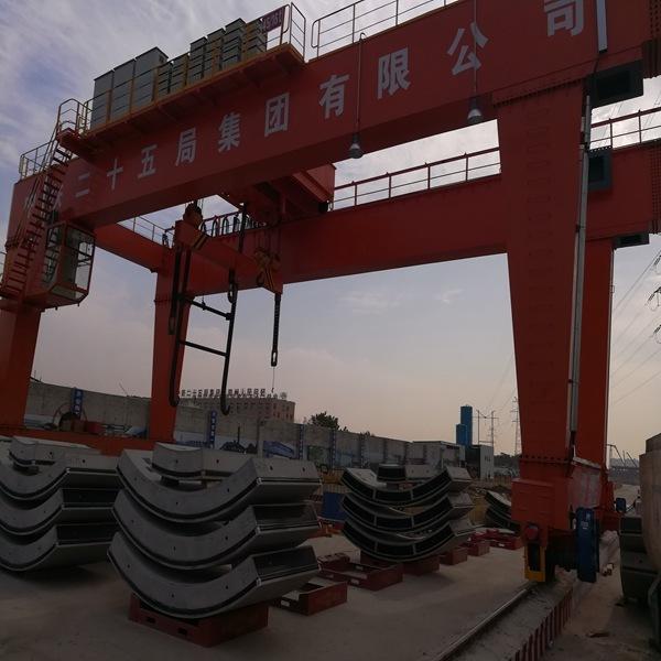 龙门吊图片、大桥重工(在线咨询)、滨州市龙门吊