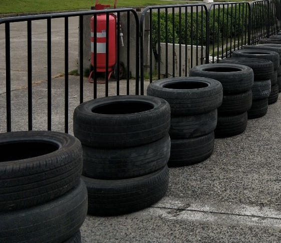 上海轮胎租赁北京隔离墩轮子出租活动F1赛车防撞车轮胎租赁
