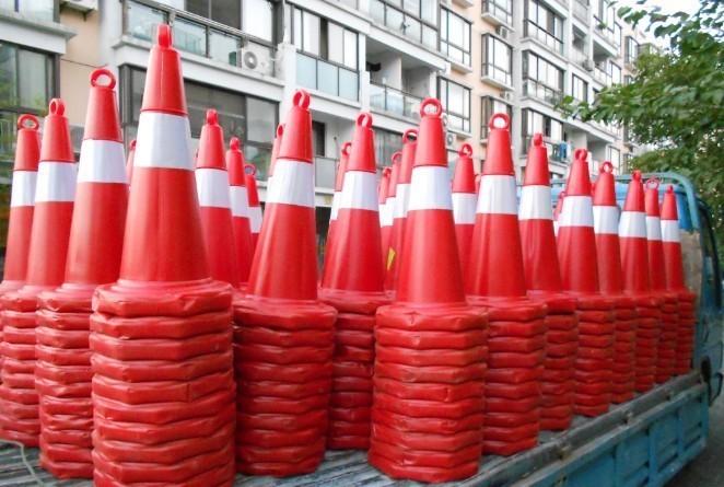 上海路锥租赁北京雪糕筒出租活动F1赛车锥筒租赁 反光隔离墩
