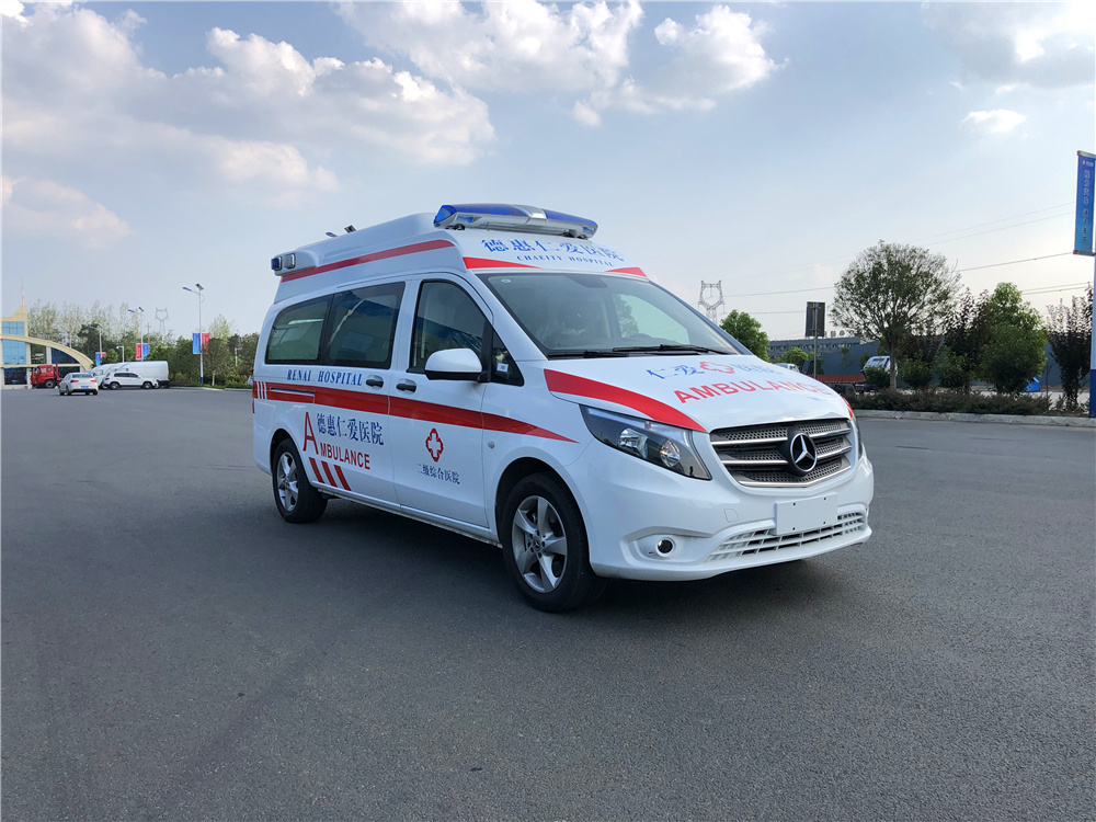 牡丹江市奔驰救护车、国六奔驰救护车、国六奔驰救护车报价
