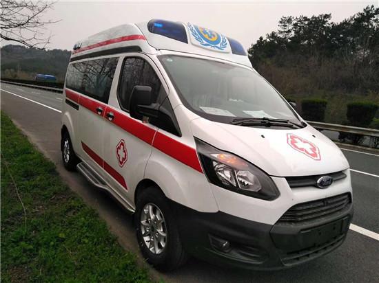 新全顺V362医疗救护车