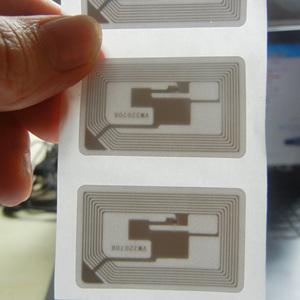 深圳RFID电子标签NTAG215不干胶标签