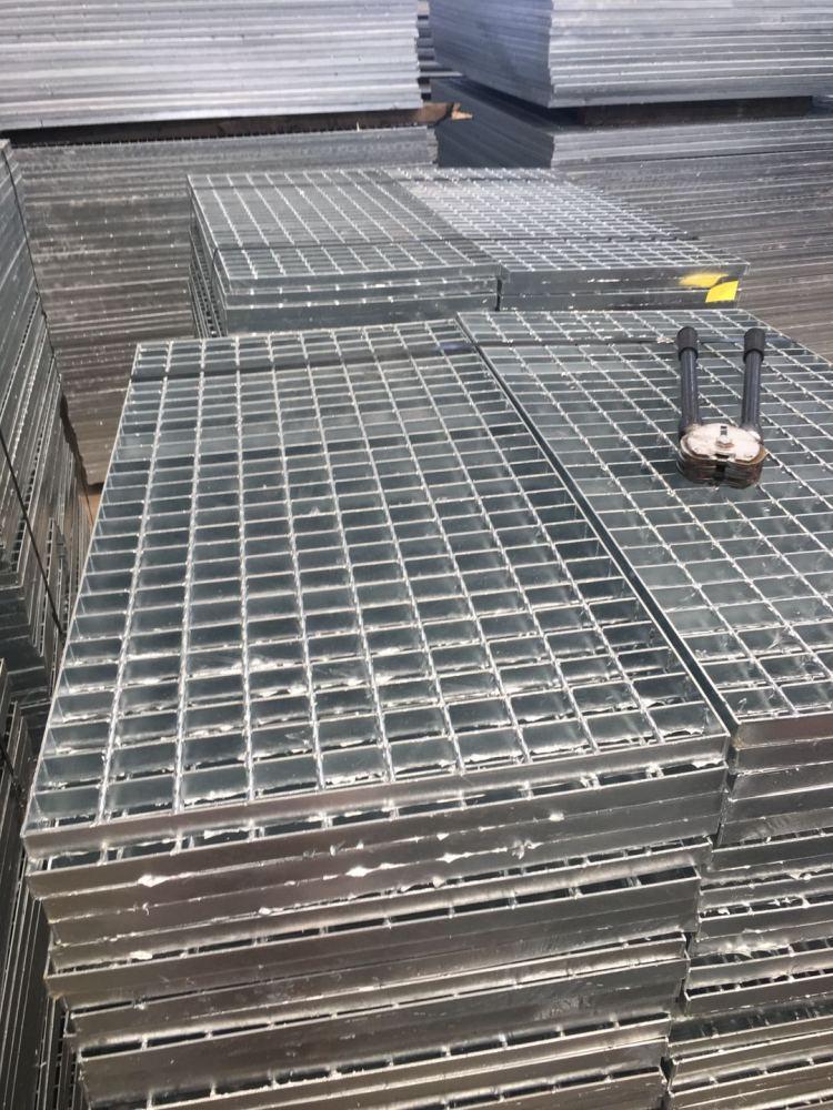 钢格板厂家、镀锌钢格栅、保定市钢格板