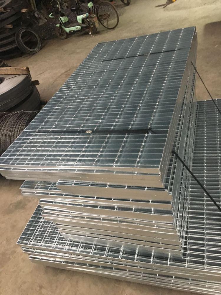 山西平台网格板  镀锌钢格栅板生产厂家 排水沟盖板 复合钢格板