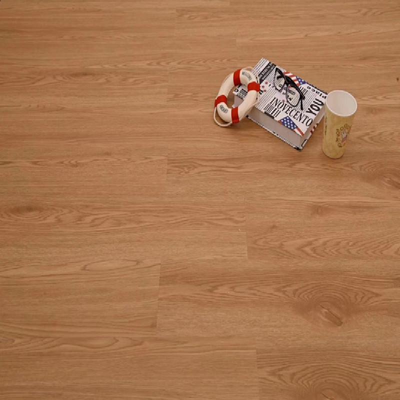 佛山批发深灰色仿古木纹免胶石塑地板砖 耐磨防水片材SPC锁扣地板