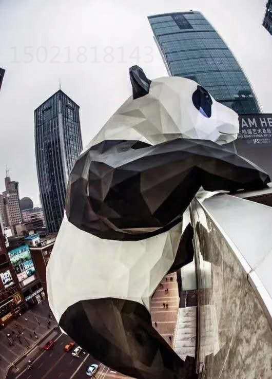 成都商场门头熊猫山茶花组合雕塑图