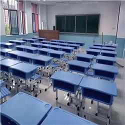 做到真正符合学生使用的校用课桌椅