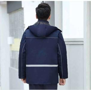 广州冲锋衣厂家为您搭配时尚冲锋衣
