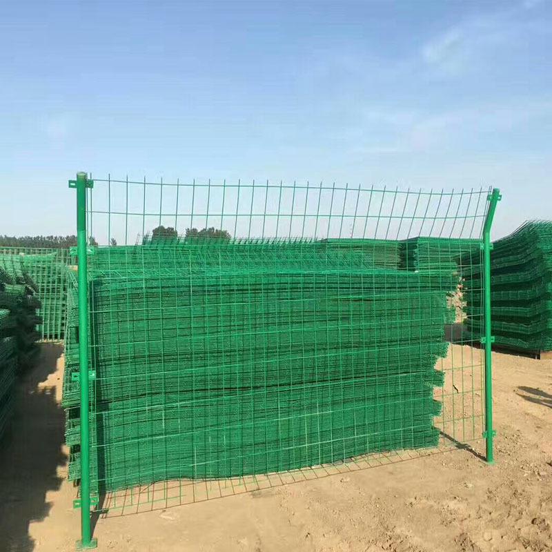 專業生產銷售焊接鋼絲網工程塑粉經久耐用不生銹