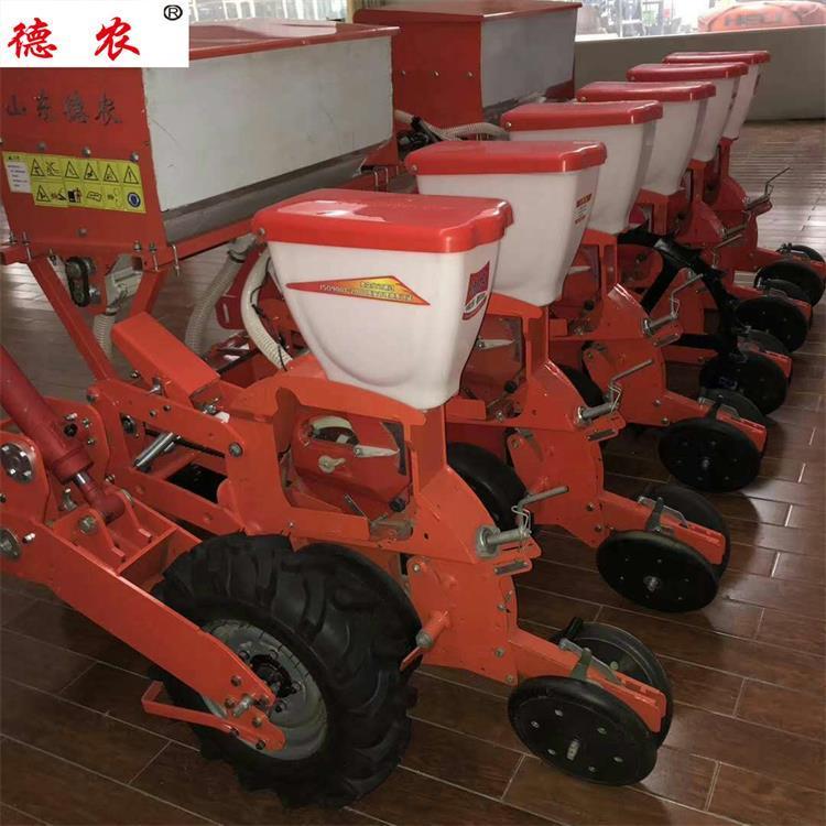 玉米气吸播种机、德农机械、镇江播种机
