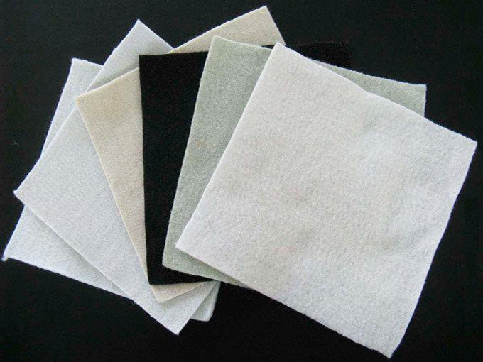 开封无纺布价格公路铁路堤坝用短丝土工布