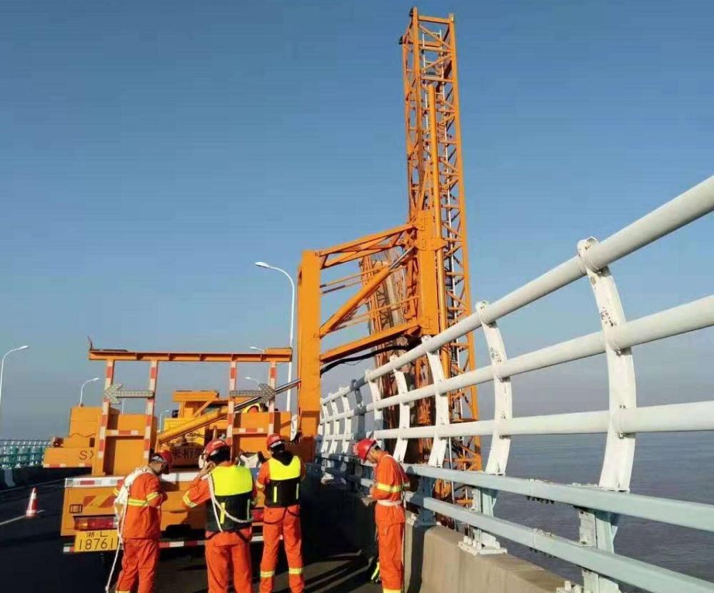 武汉新顺畅桥检车租赁公司桥梁防腐,资质齐全质量保证