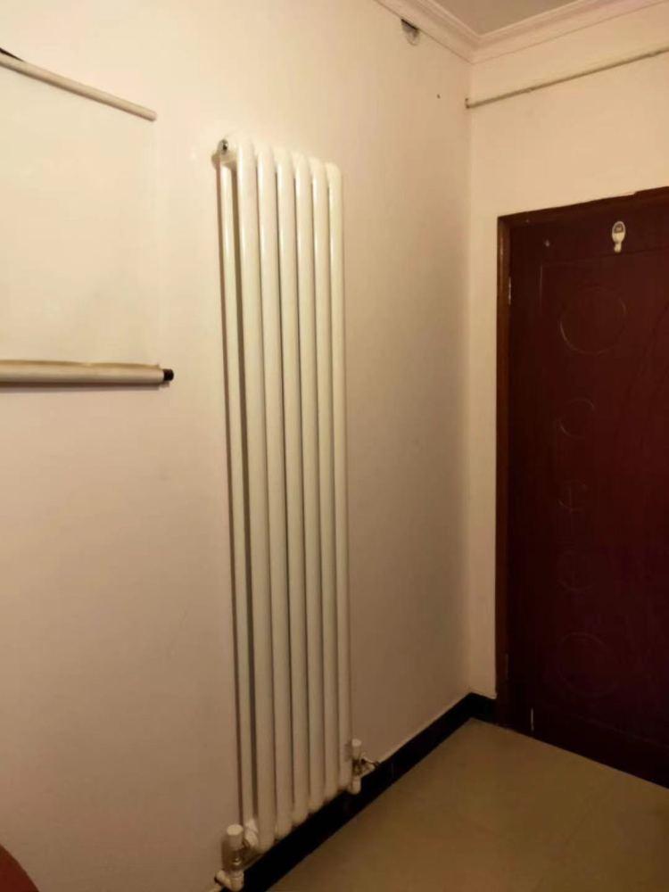 三门峡暖气片批发、暖气片批发威能壁挂炉、郑州伟星地暖(商家)
