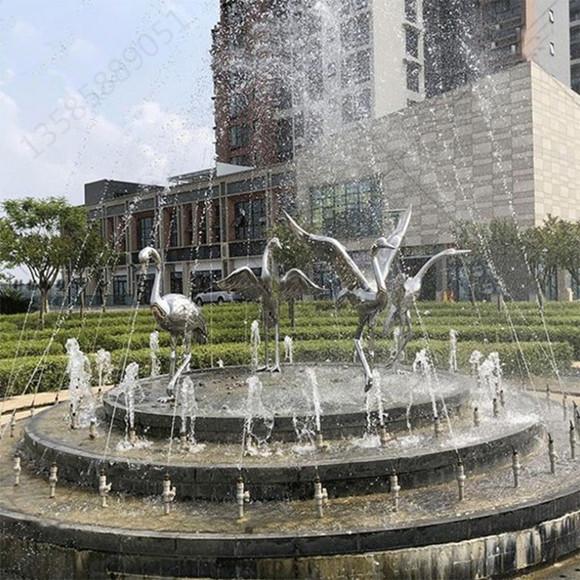 青浦室内外雕塑 不锈钢镜面鹤雕塑 水景工艺定制